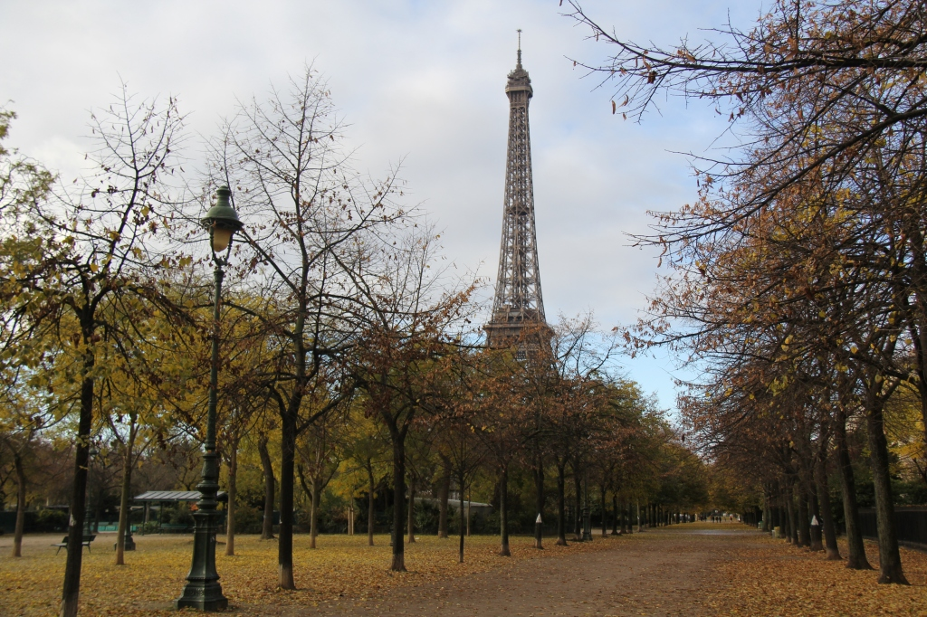 Paris for Tourists: 10 Things to Do and See in Paris, France